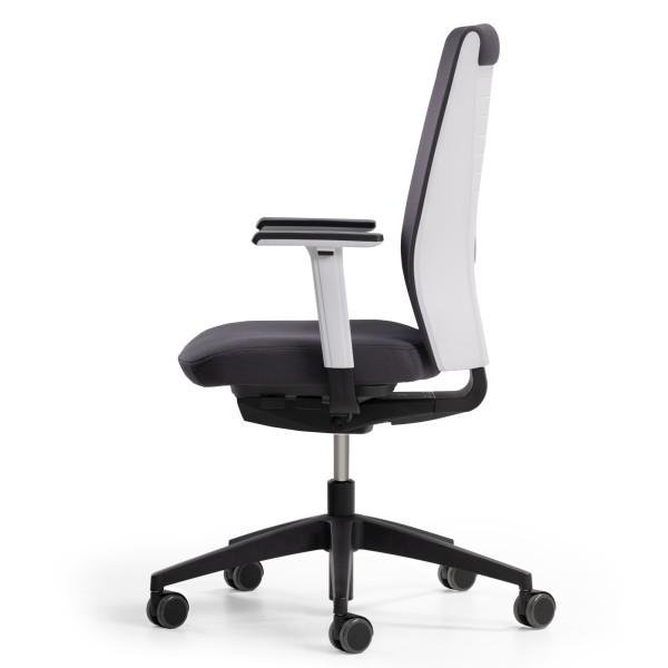 Office swivel chair Trooper. Ergonomics Made in Germany